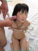 Эротические фото со кончей на лице и во рту прекрасных блядей bs003