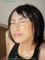 Красивые фотки со кончей на лице и во рту молодых шалав bs011