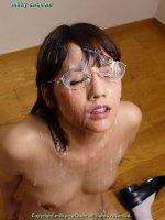 Сексуальные фото со спермой на губах симпатичных блядей fb13